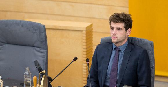 R.Žemaitaičiui linksma: nėra buvę, kad Mišri Seimo narių grupė turėtų Seimo vicepirmininką