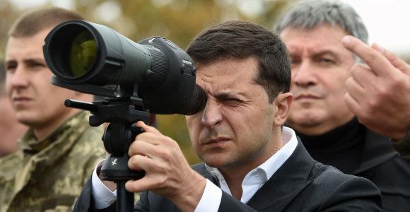 Volodymyras Zelenskis: Rytų Ukrainoje nebus jokios kapituliacijos