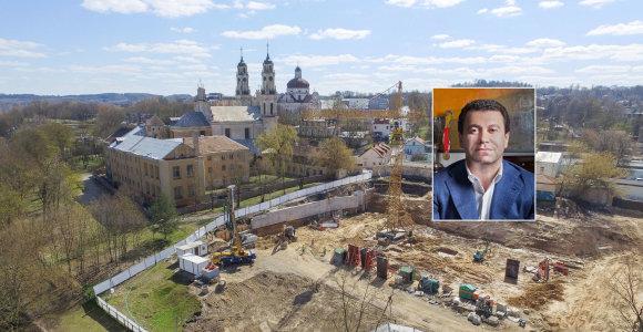"""""""Olandiškais tvartais"""" pramintos statybos prie Misionierių vienuolyno kaitina aistras ir Seime"""