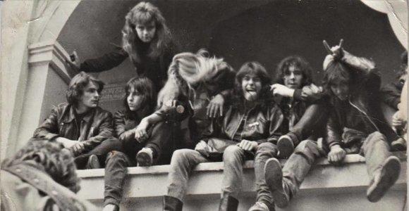 """Paroda """"Jauni ir pašėlę"""": stiliagos, pankai, hipiai ir sovietinė jaunystė"""