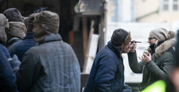 """Lukiškėse jau filmuojamas kultinis serialas """"Stranger Things"""": pamatykite užkulisius"""
