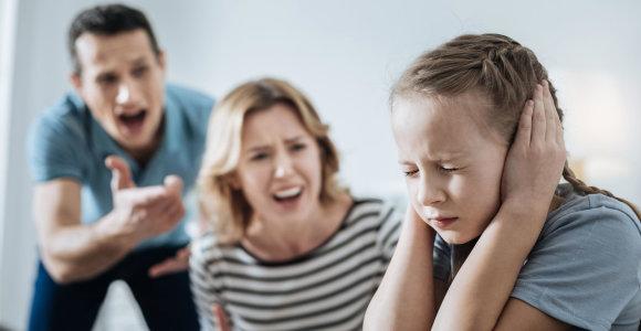 Kokią ilgalaikę žalą daro psichologinis smurtas prieš vaikus?