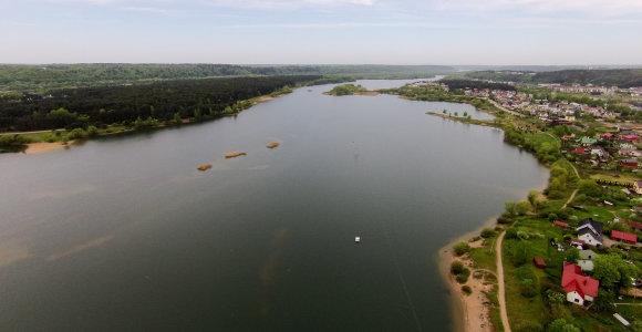Kauno savivaldybė: Lampėdžio ežero kranto linija vykdant darbus pakeista nebuvo