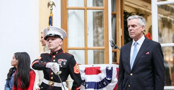 Atsistatydina JAV ambasadorius Maskvoje J.Huntsmanas