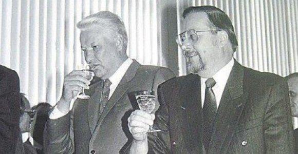Kaip iš Lietuvos išvesta Rusijos okupantų kariuomenė: kodėl pyko B.Jelcinas ir kaip A.Brazauskas silpnino Lietuvos delegaciją