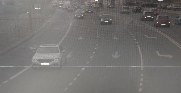 Baltarusijoje registruoto BMW vairuotojas Lietuvoje jautėsi nebaudžiamas: greitį viršijo 36 kartus
