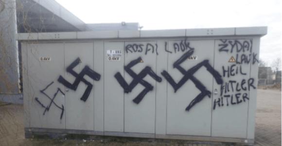 Kaune dėl antisemitinių ir fašistinių terlionių sulaikytas policijai žinomas vaikinas