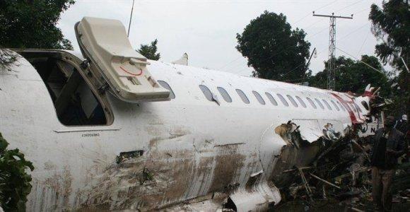 Kongo DR mieste sudužus nedideliam lėktuvui žuvo mažiausiai 23 žmonės