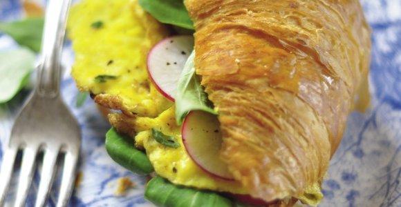Smagūs ir skanūs vasariški patiekalai su kiaušiniais: 15 receptų
