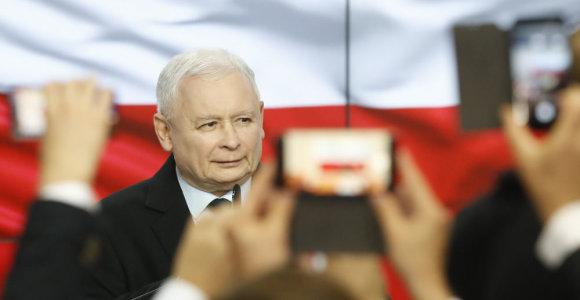 Po Lenkijos parlamento rinkimų ekspertai pokyčių politikoje nesitiki