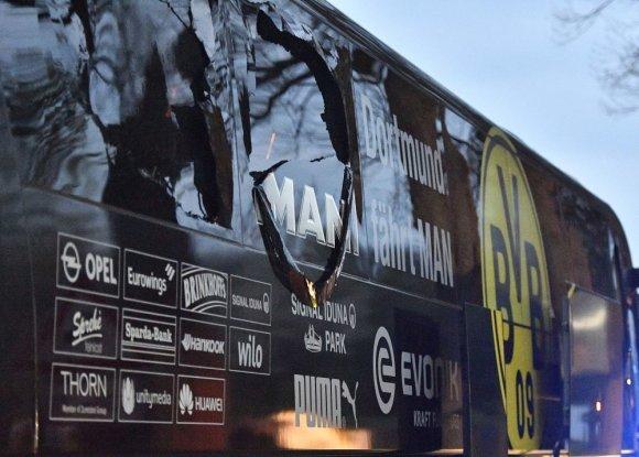"""Scanpix""/AP nuotr./Autobusas po sprogimo"