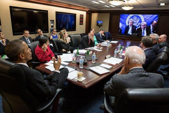 "AFP/""Scanpix"" nuotr./Barackas Obama konferencijoje su Johny Kerry"