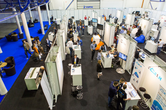 LOGIN startup fair 2014
