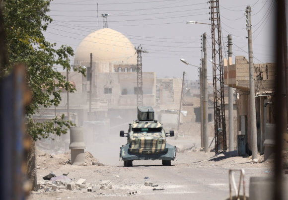 """""""Reuters""""/""""Scanpix"""" nuotr./Sirijos sukilėliai jau priartėję prie Rakos"""