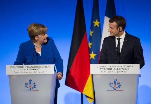 """""""Scanpix"""" nuotr./A.Merkel ir E.Macronas Paryžiuje"""
