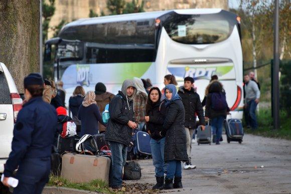 """AFP/""""Scanpix"""" nuotr./Migrantai Kalė stovykloje"""
