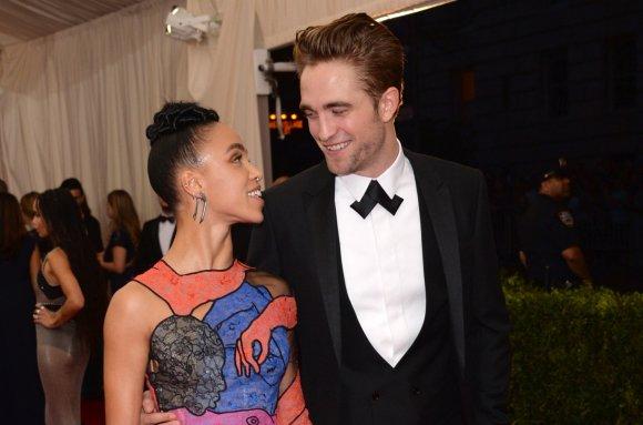 """Scanpix""/AP nuotr./Robertas Pattinsonas ir FKA Twigs"