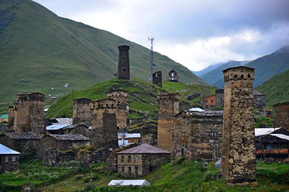 123rf.com nuotr./Ušguli kaimo bokštai