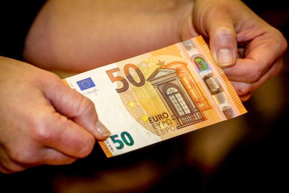 Vidmanto Balkūno / 15min nuotr./ 50 eurų nominalo banknotas