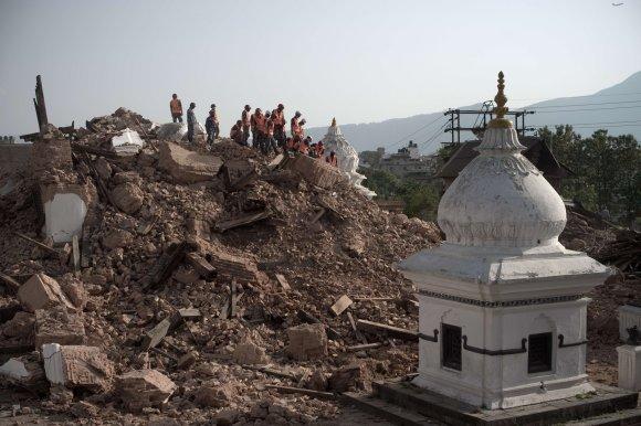 "AFP/""Scanpix"" nuotr./Nepalas po žemės drebėjimo"
