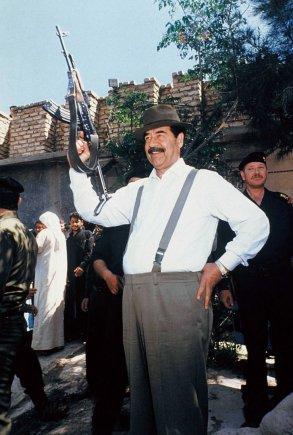 """""""Scanpix""""/""""SIPA"""" nuotr./61-asis Saddamo Husseino gimtadienis (1998 m.  balandžio 28 d.)"""