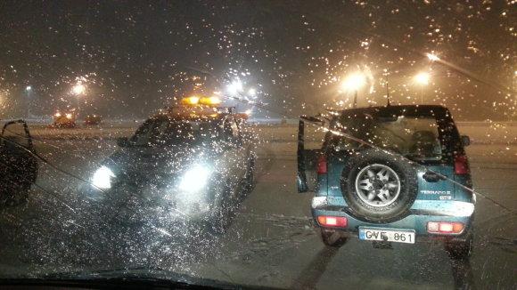 Žilvino Pekarsko/15min.lt nuotr./Oro sąlygos naktį į ketvirtadienį buvo labai prastos