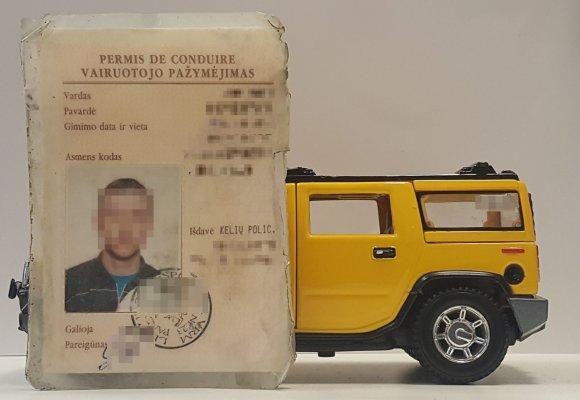 Žilvino Pekarsko / 15min nuotr./Seno pavyzdžio vairuotojo pažymėjimas