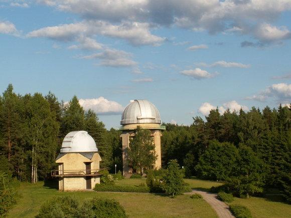 Molėtų observatorijos teleskopų bokštuose – pagrindiniai Lietuvos astronomų darbo instrumentai/ Infomoletai.lt