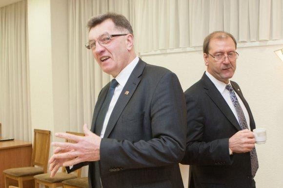 Juliaus Kalinsko/15min.lt nuotr./Algirdas Butkevičius ir Viktoras Uspaskichas