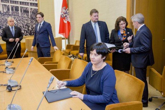 Irmanto Gelūno / 15min nuotr./LVŽS frakcijos posėdis dėl vaiko teisių apsaugos sistemos reformos.