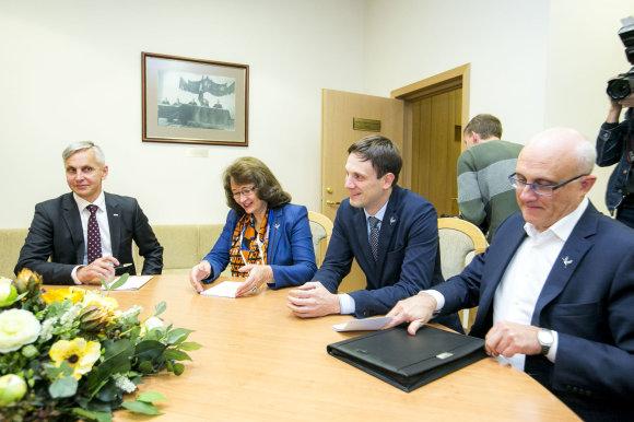 Irmanto Gelūno / 15min nuotr./Povilas Urbšys, Rima Baškienė, Tomas Tomilinas ir Stasys Jakeliūnas