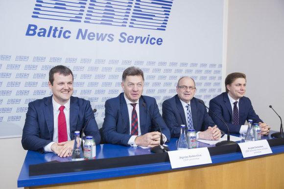 Irmanto Gelūno / 15min nuotr./Gintautas Paluckas, Algirdas Butkevičius, Arvydas Domanskis ir Mindaugas Sinkevičius