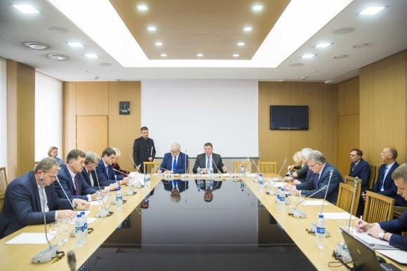 Irmanto Gelūno / 15min nuotr./Seimo Antikorupcijos komisija toliau nagrinėja politiko Artūro Skardžiaus veiklą