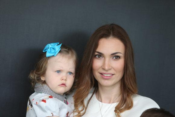 Juliaus Kalinsko/15min.lt nuotr./Tatjana Lavrinovič su dukra