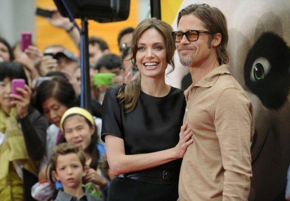 """""""Reuters""""/""""Scanpix"""" nuotr./Bradas Pittas ir Angelina Jolie (2011 m.)"""