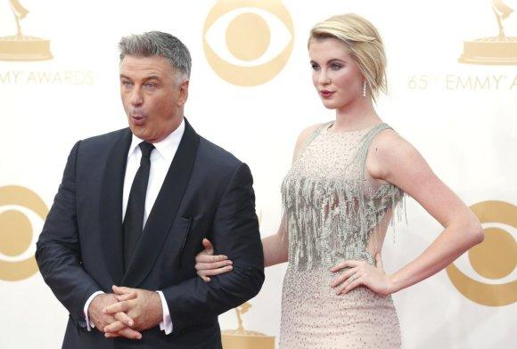 """""""Reuters""""/""""Scanpix"""" nuotr./Alecas Baldwinas su dukra Ireland Baldwin"""