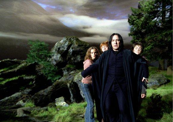 """Kadras iš filmo/Emma Watson, Rupertas Grintas, Alanas Rickmanas ir Danielis Radcliffe'as filme """"Haris Poteris ir Azkabano kalinys"""""""