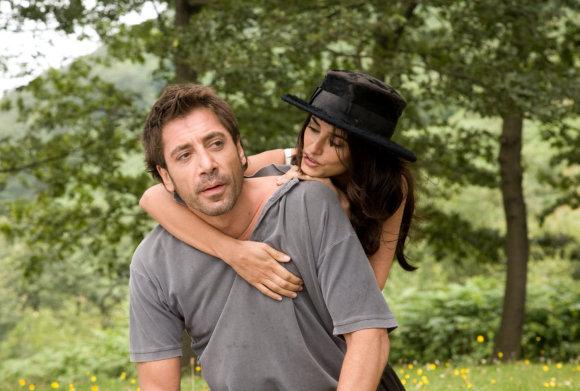 """Kadras iš filmo/Penelope Cruz ir Javieras Bardemas filme """"Viki Kristina Barselona"""" (2008 m.)"""
