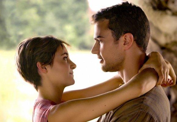 """ACME Film"" nuotr./Shailene Woodley ir Theo Jamesas filme ""Insurgentė"""