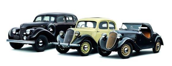 """""""Škoda"""" nuotr./Iš kairės: """"Škoda Superb 4000"""", """"Škoda Rapid"""" ir """"Škoda Popular"""""""