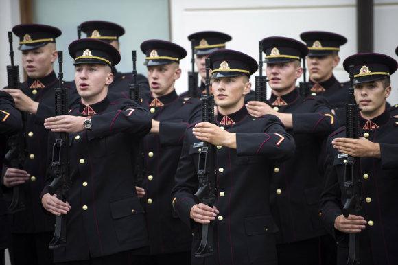 Alfredo Pliadžio nuotr. /Karo akademijos kariūnai prisiekė tarnauti Lietuvos valstybei