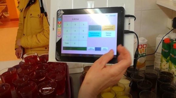 15min nuotr./Klaipėdos mokyklos valgykloje įrengtas prietaisas