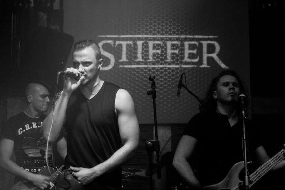 """Asmeninio albumo nuotr./Grupė """"Stiffer"""""""