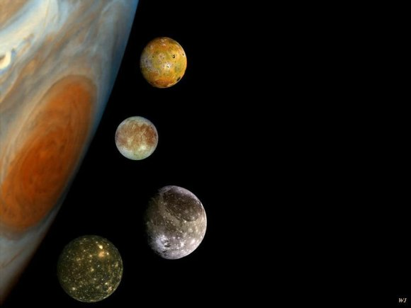 Nuotr. iš/Šiame montaže – pagrindiniai Jupiterio palydovai (iš viršaus į apačią) – Ija, Europa, Ganimedas, Kalista
