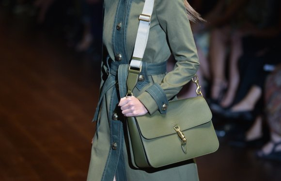 "AFP/""Scanpix"" nuotr./""Gucci"" 2015 m. pavasario – vasaros modelis."