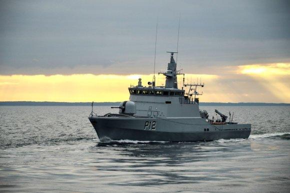 """KJP archyvo nuotr./Karinių jūrų pajėgų patrulinis laivas """"Dzūkas"""" (P12)"""