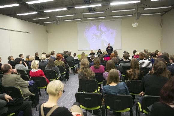 """Luko Balandžio/Žmonės.lt nuotr./Knygos """"Kelionė su Oskaru Koršunovu"""" pristatymas"""