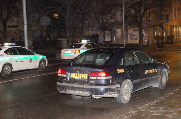 Luko Balandžio/15min.lt nuotr./Policijos reidas Vilniuje
