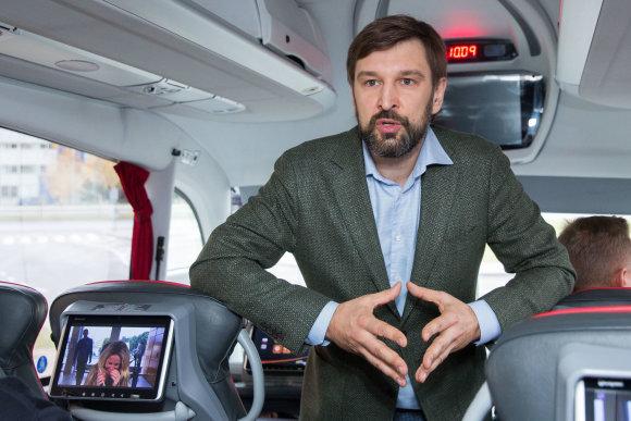 """Luko Balandžio / 15min nuotr./""""Lux Express"""" atskleidė tyrimo, ar keleiviai segi saugos diržus autobusuose, rezultatus"""