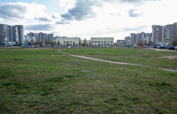 Luko Balandžio / 15min nuotr./Sklypas, kuriame turėtų iškilti Pilaitės mokykla